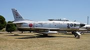JASDF F-86D(04-8202) right side view at Miho Air Base May 28, 2017.jpg