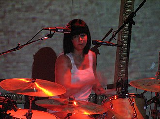 Janet Weiss - Weiss performing with Bright Eyes in 2007.