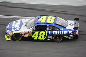 Jimmie Johnson - Jimmie Johnson racing in the 2008 Daytona 500
