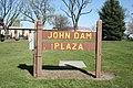 John Dam Plaza, 2011 Richland Washington - panoramio.jpg