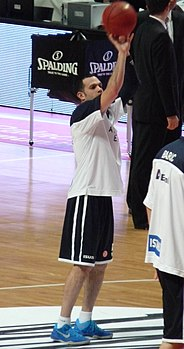 JordanFarmar-Madrid-Efes abril2013cropped.jpg