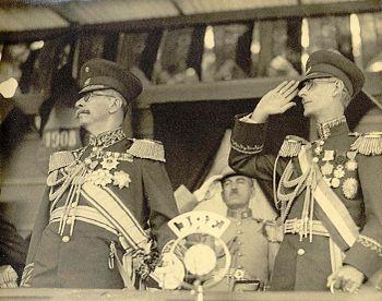 Juan Vicente G%C3%B3mez and L%C3%B3pez Contreras in Maracay%2C 1934