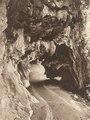 KITLV - 79989 - Kleingrothe, C.J. - Medan - Road to caves near Ipoh, Malaysia - circa 1910.tif