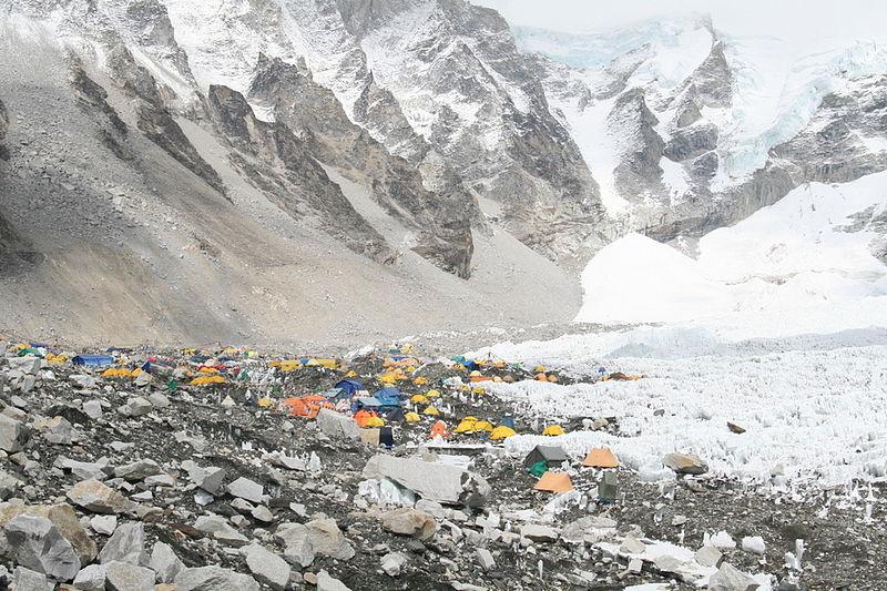 File:Kathmandu , Nepal , Himalayas ,Everest 2.jpg