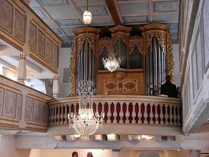 Datei:Kirche St Georg Pfaffroda Silbermannorgel 12.jpg
