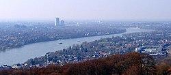 Koenigswinter vom Drachenfels.jpg