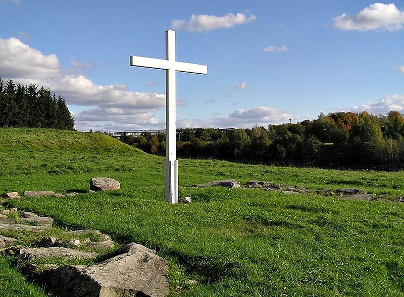 File:Koroinen cross Turku.jpg