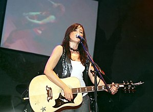 KT Tunstall - Tunstall performing at the 2005 Summer Sundae in Leicester, 2005