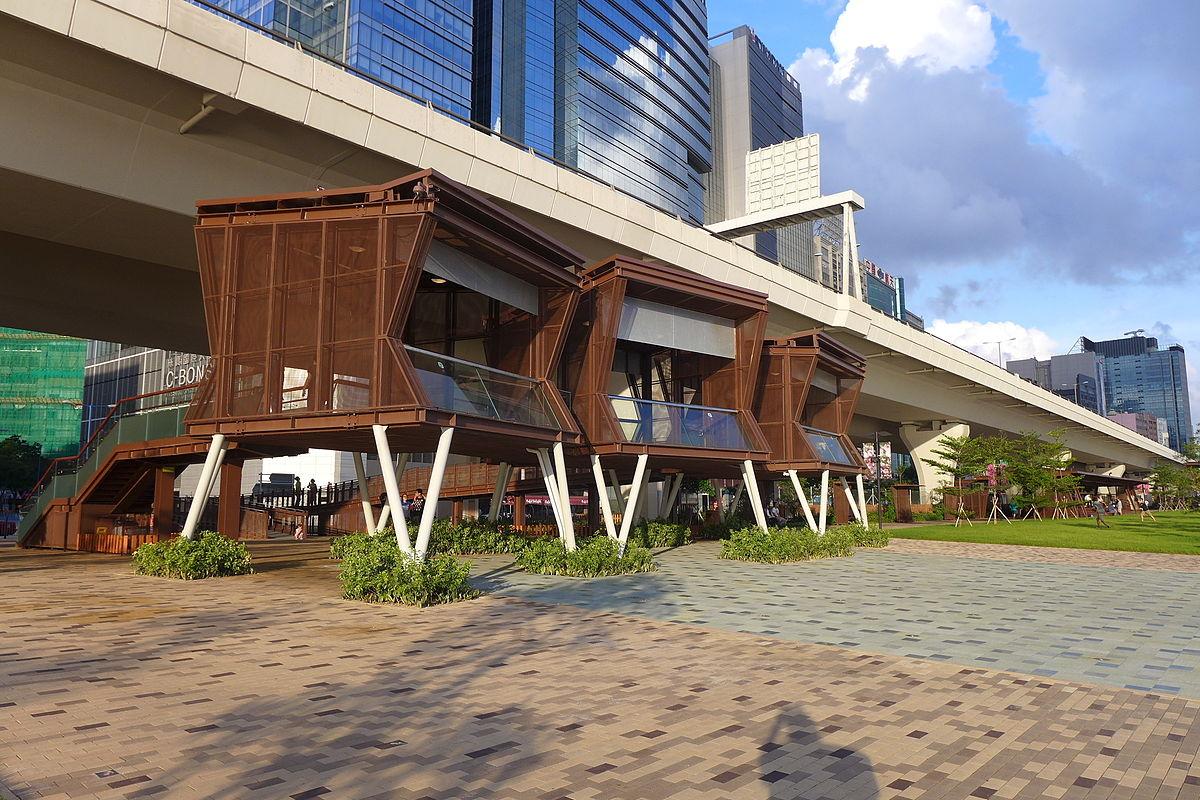 Kwun Tong Promenade Viewing Deck 201506.jpg