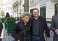 L'artiste Combas avec Jean-Pierre Lorriaux devant la Galerie Laurent Strouk - IMGP9851.JPG