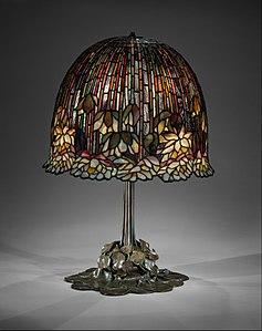 Lamp MET DT10743.jpg