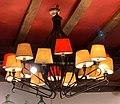 Lampes au plafond, Bistrot du Bord de l'Eau (Levernois).jpg