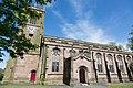 Lancashire, DARWEN, St Peter (38666733942).jpg