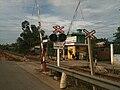 Level crossing w signals Danang.JPG