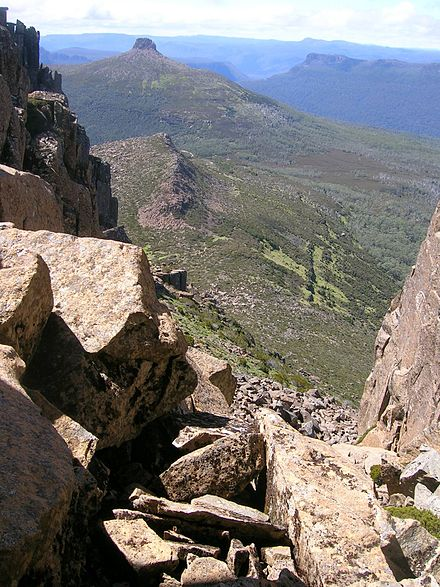 Looking east back down the chimney on Mount Ossa towards Pelion East, in Tasmania. Looking down the chimney on Mt Ossa towards Pelion East.jpg