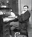 Lucien Petit-Breton au bureau de son magasin de Périgueux (1909).jpg