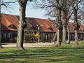 Ludwigslust Schloss Kirchenplatz.JPG
