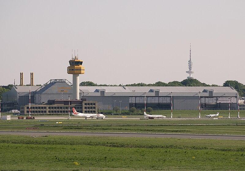 Lufthansa Technik facility at Hamburg Airport in June 2008 (3353120734).jpg