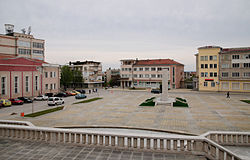 Lyaskovets central square.jpg