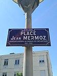Lyon 8e - Place Jean Mermoz - Plaque (mai 2019).jpg