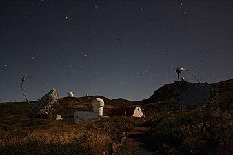 MAGIC telescopes dancing in the moonlight.jpg