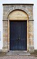 Madfeld, St. Margaretha Portal mit Inschrift.jpg