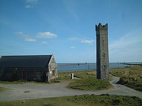 Maiden Tower, Mornington, and Mouth of River Boyne - geograph.org.uk - 534835.jpg