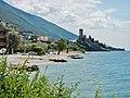 Malcesine, view to Castello Scaligero - panoramio.jpg