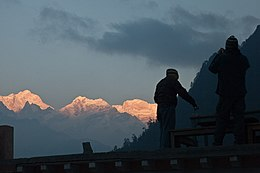 Manaslu from Timang.jpg