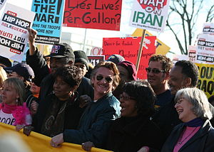 Sean Penn - Penn at an anti-war rally in Washington, D.C., January 27, 2007