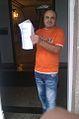 Marcial en la puerta esperando del P.B.S. Partido Bloque Social.jpg
