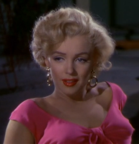 577px-Marilyn_Monroe_Niagara_%28cropped%29.png