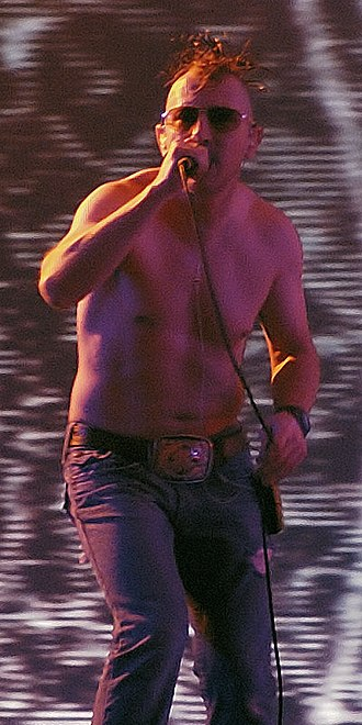 Maynard James Keenan - Keenan performing in October 2006
