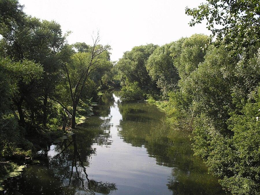 Medveditsa River (Don basin)
