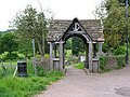 Memorial lych gate, Blakeney - geograph.org.uk - 812761.jpg