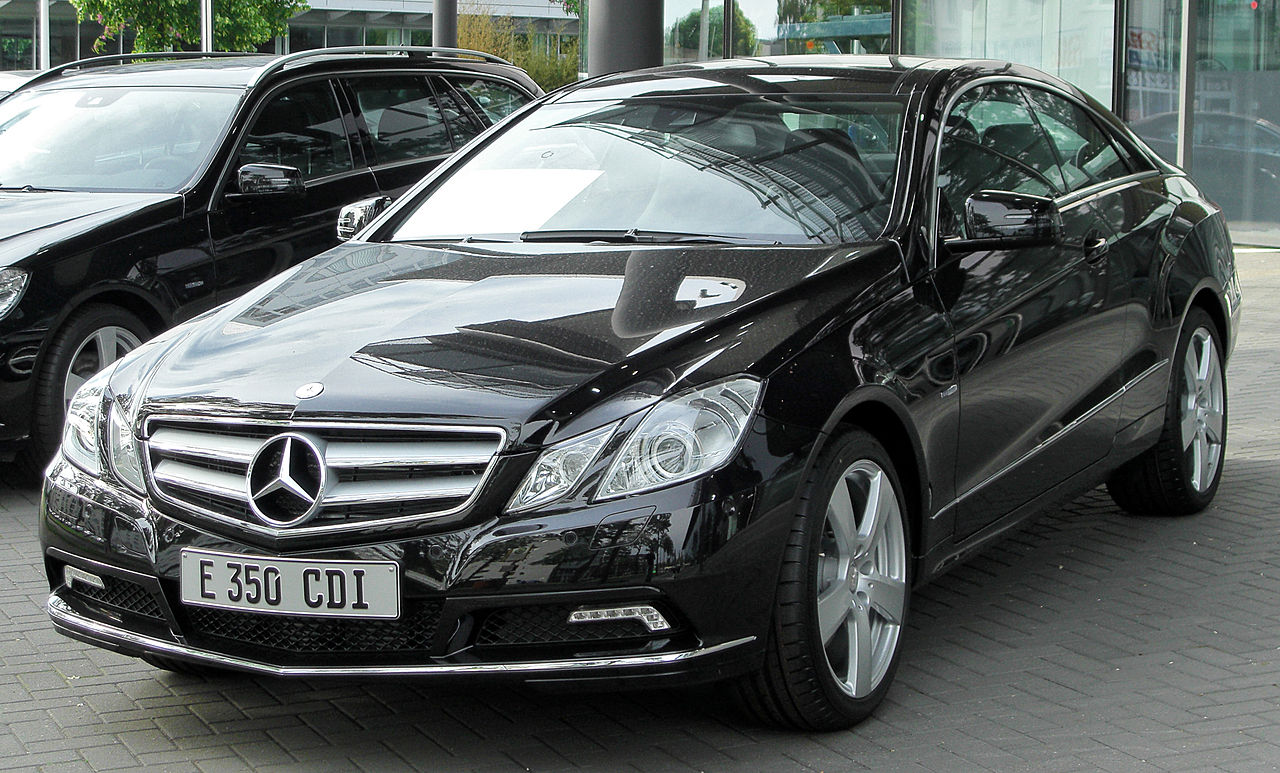file mercedes e 350 cdi blueefficiency coup c207 front wikimedia commons. Black Bedroom Furniture Sets. Home Design Ideas