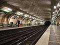 Metro de Paris - Ligne 13 - Brochant 03.jpg