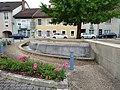 Molinges - Fontaine place Saint-Léger (juil 2018).jpg