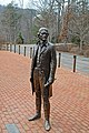 Monticello - Bronze statue of US President Thomas Jefferson - near Charlottesville, Virginia - panoramio.jpg