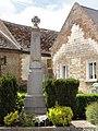Montigny-sur-Crécy (Aisne) monument aux morts.JPG
