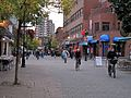 Montréal quartier latin 405 (8213034121).jpg