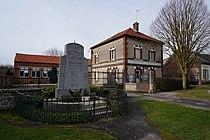 Monument Mairie Pargny 07772.JPG