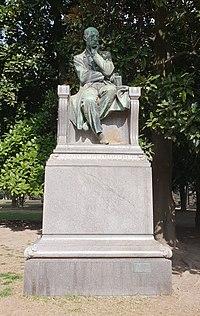 Monumento a Gaetano Negri (1908).jpg