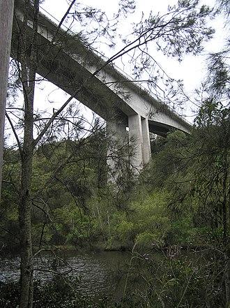 Mooney Mooney Bridge - Image: Mooney Mooney Bridge from below