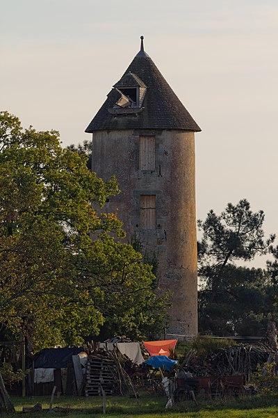 Moulin des Buttes Saint-Julien.