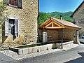 Mouthier-Haute-Pierre, la fontaine de la Doye.jpg