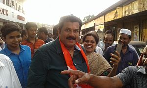 Mukesh (actor) - Mukesh at Kollam, during the election campaign in 2016