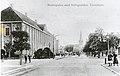 Munkegata med Stiftsgården (ca. 1907) (4031077527).jpg