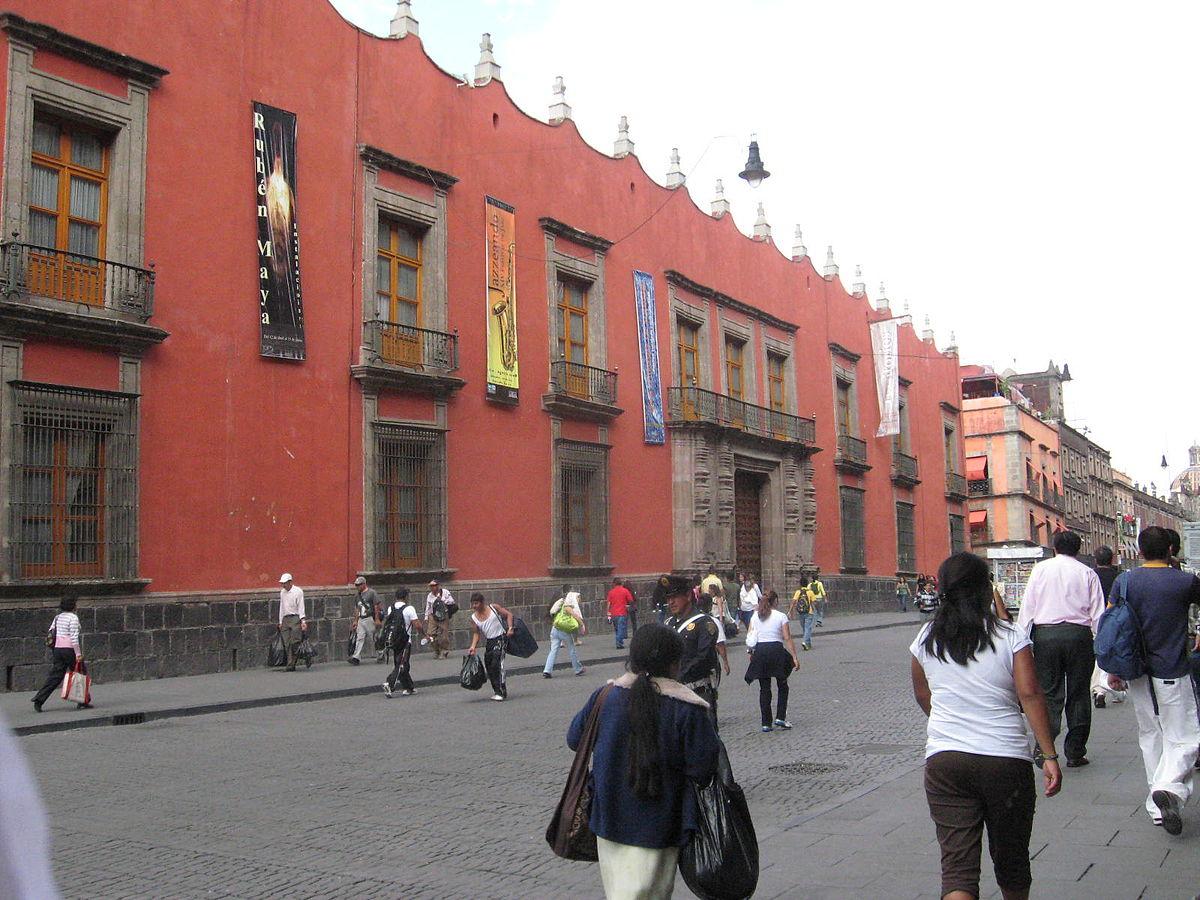 Museo de la secretar a de hacienda y cr dito p blico for Oficinas de hacienda en barcelona