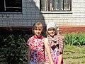 Myhailo-Kotsyubynske 2015 DSCN2032 13 школа 2 подружки.jpg